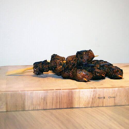Met dit recept voor goed gekruide biefstuk spiesen scoor je gegarandeerd punten!