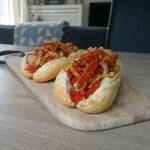 Deze Italiaanse Hotdogs zijn een echte aanrader voor een heerlijke BBQ Lunch!