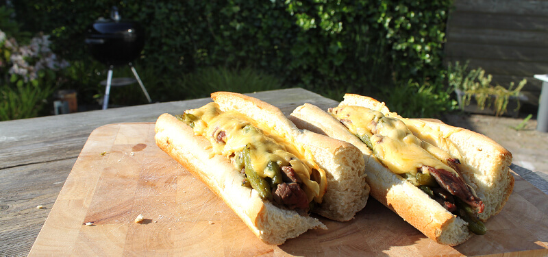 Dit cheese steak sandwich recept stond al een tijdje op te to-do list en is het proberen waard!