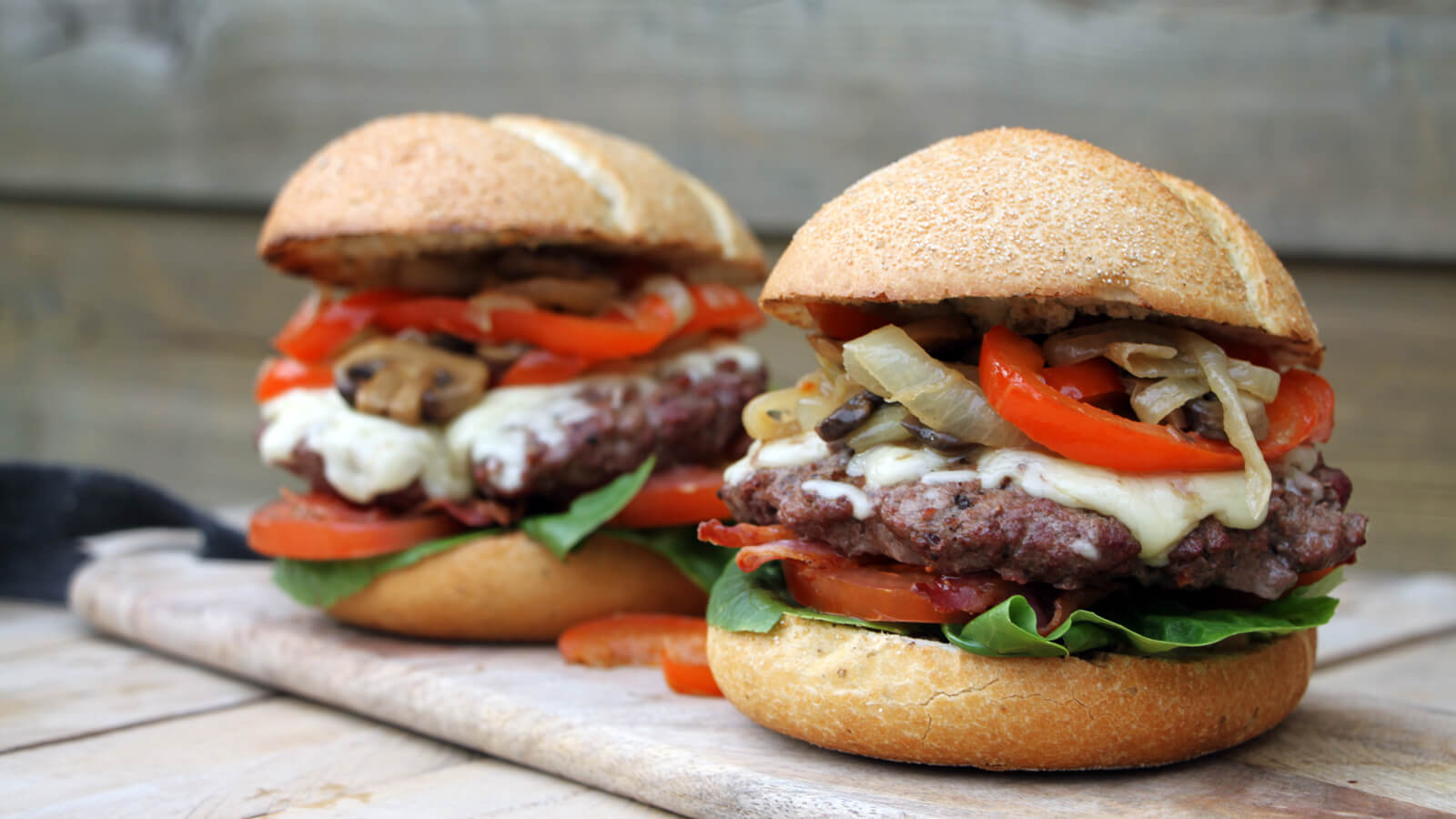 Dit heerlijke BBQ recept voor Boeren Burgers moet je echt eens proberen!