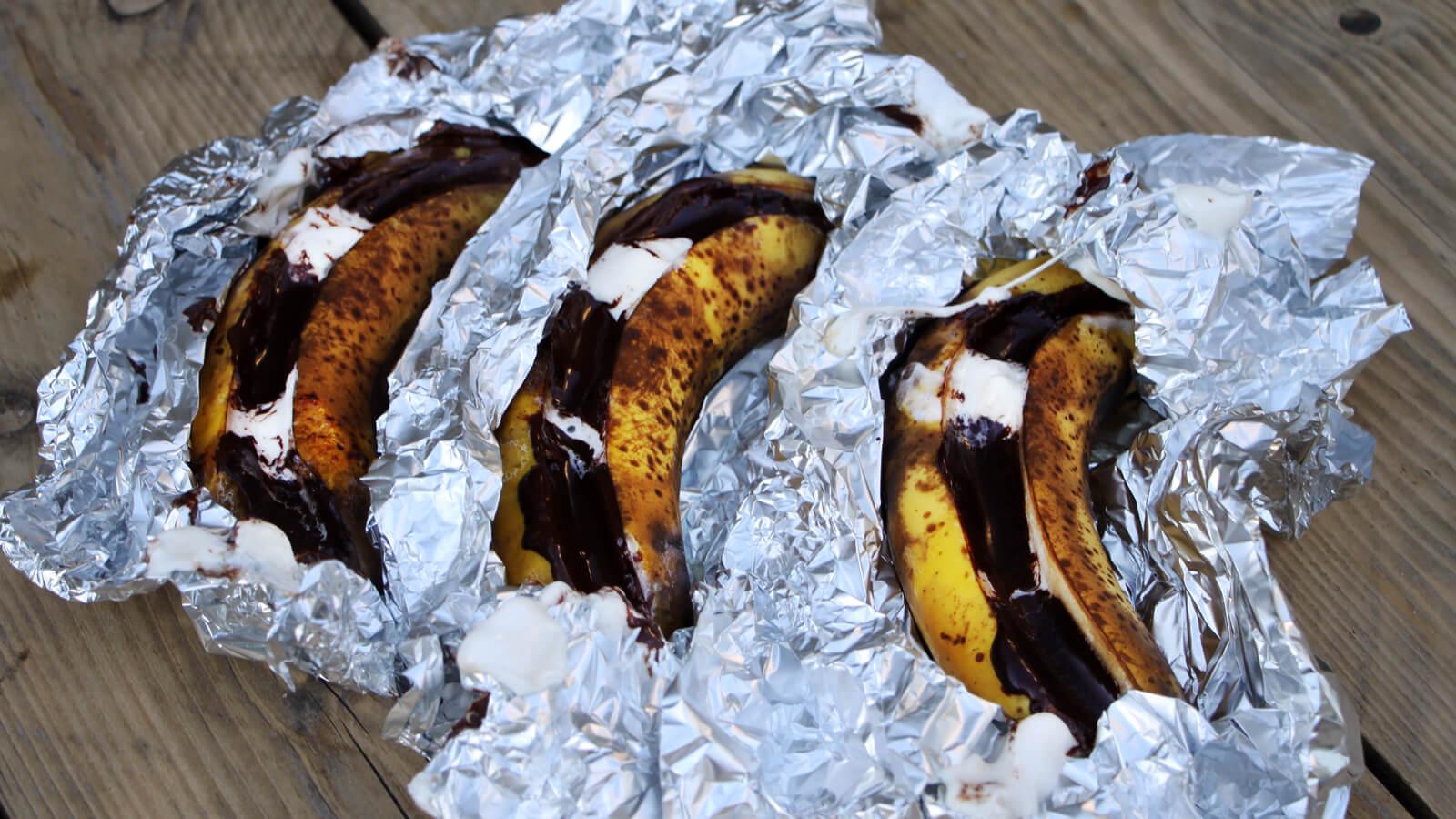 Ga eens voor lekkere bananen van de BBQ met chocolade en marshmallows!
