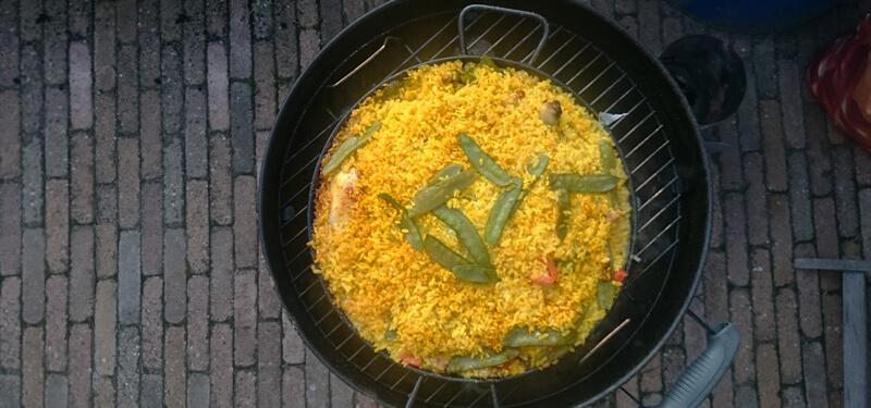 BBQ op Spaanse wijze met dit lekkere Paella recept!