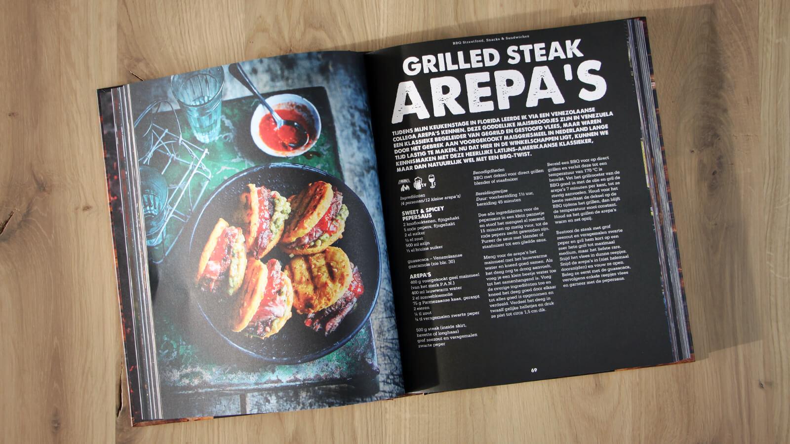 Het volgende recept uit Smokey Goodness II dat ik ga bereiden is deze voor grilled steak arepa's!