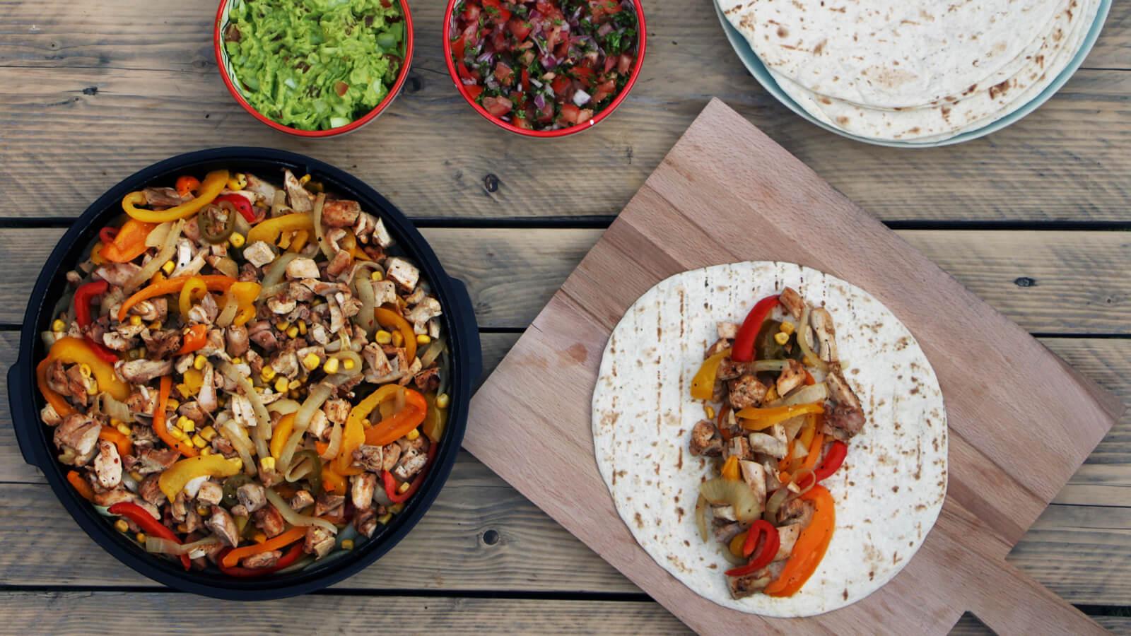 Een heerlijk recept voor Kip Fajitas van de BBQ!