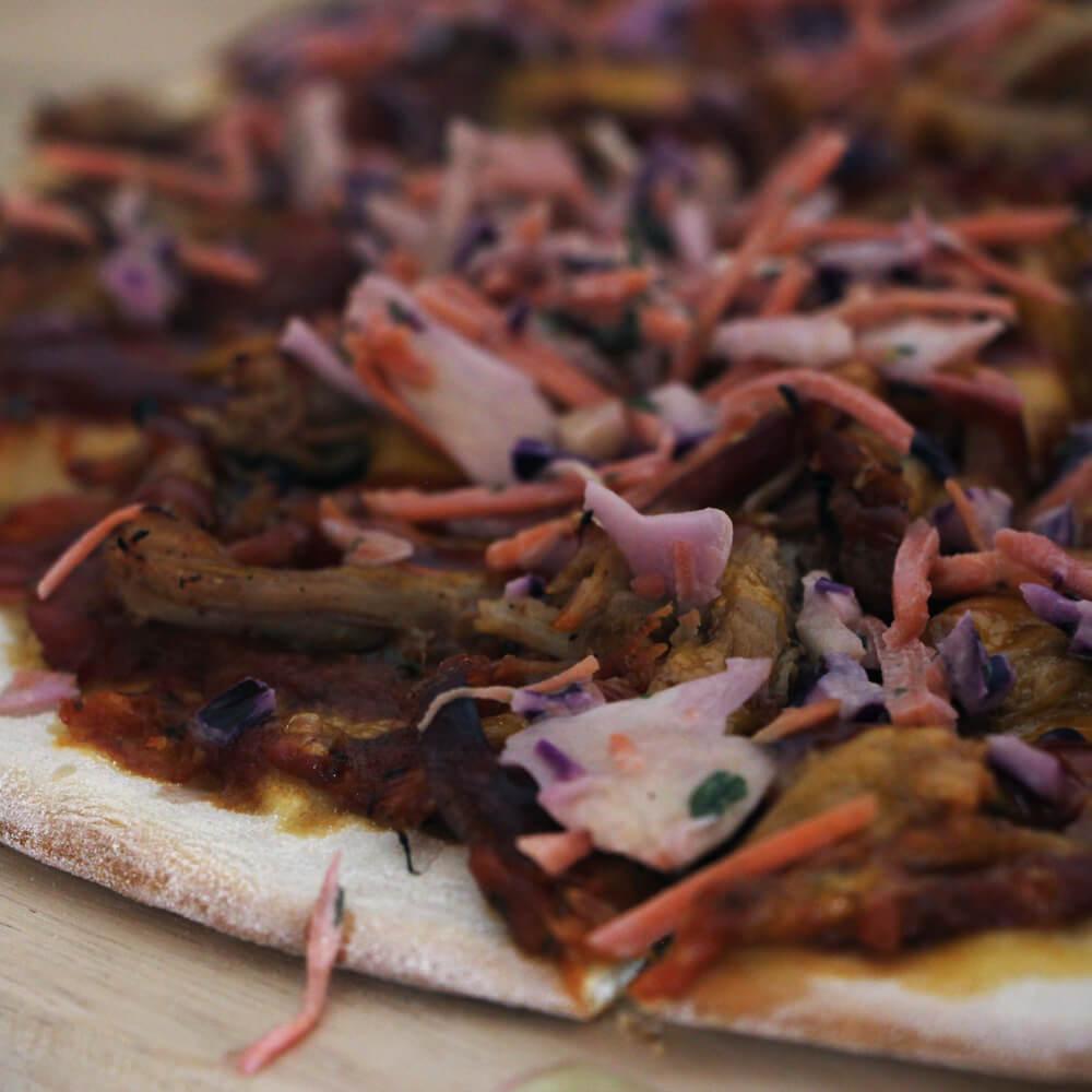Pizza combineren met een echte BBQ Classic? Ga dan voor dit pizza recept met pulled pork!
