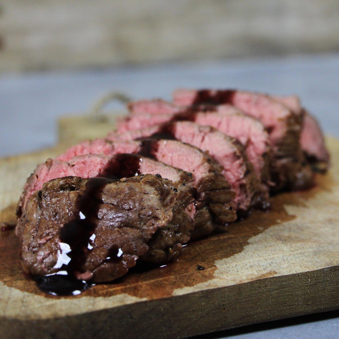 Barbecue Recept: Rosbief met Rode Wijn Saus