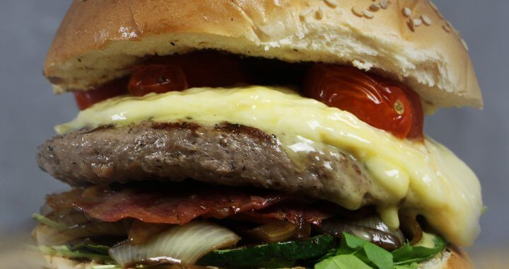 Barbecue Recept: Raclette Burgers