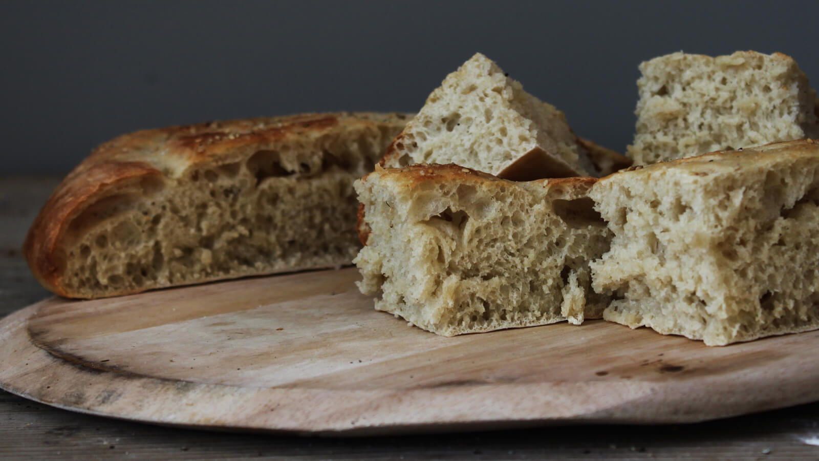 Brood bakken op de BBQ? Ga eens voor een Turks Brood van de pizzasteen!