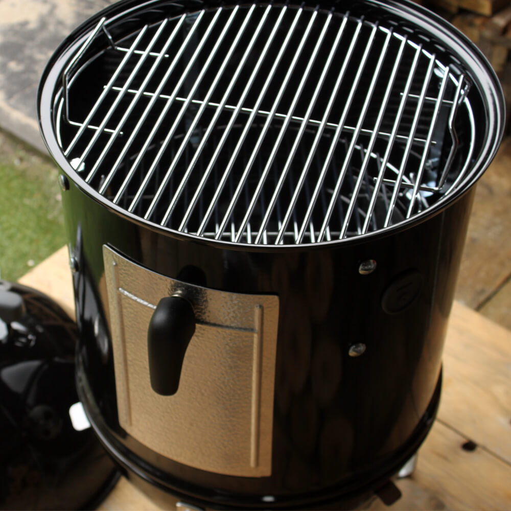 BBQ Review: Smokey Mountain Cooker van Weber