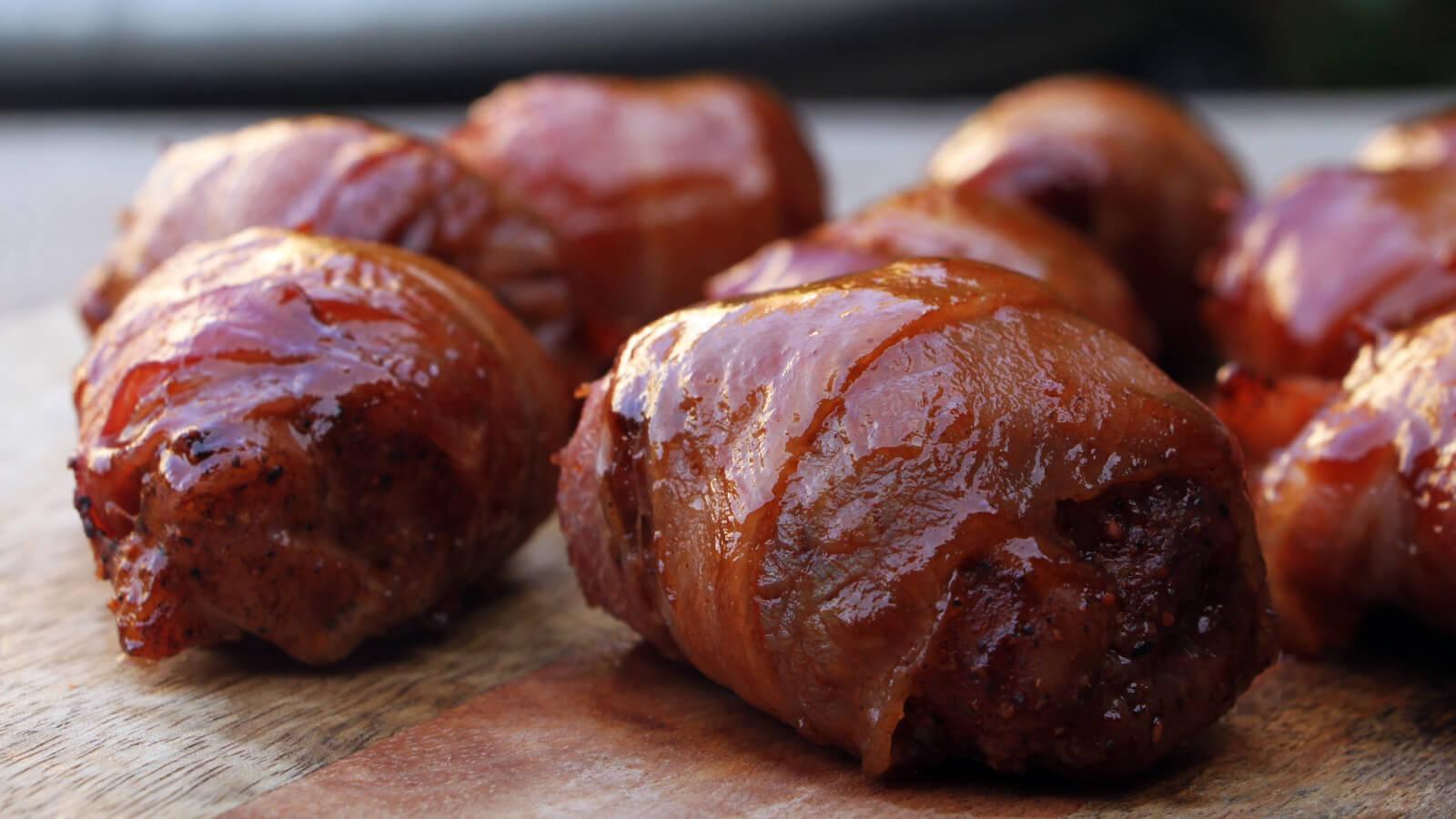 Borrelhapjes van de BBQ? Dan mogen deze Chicken Honey Pops niet ontbreken!
