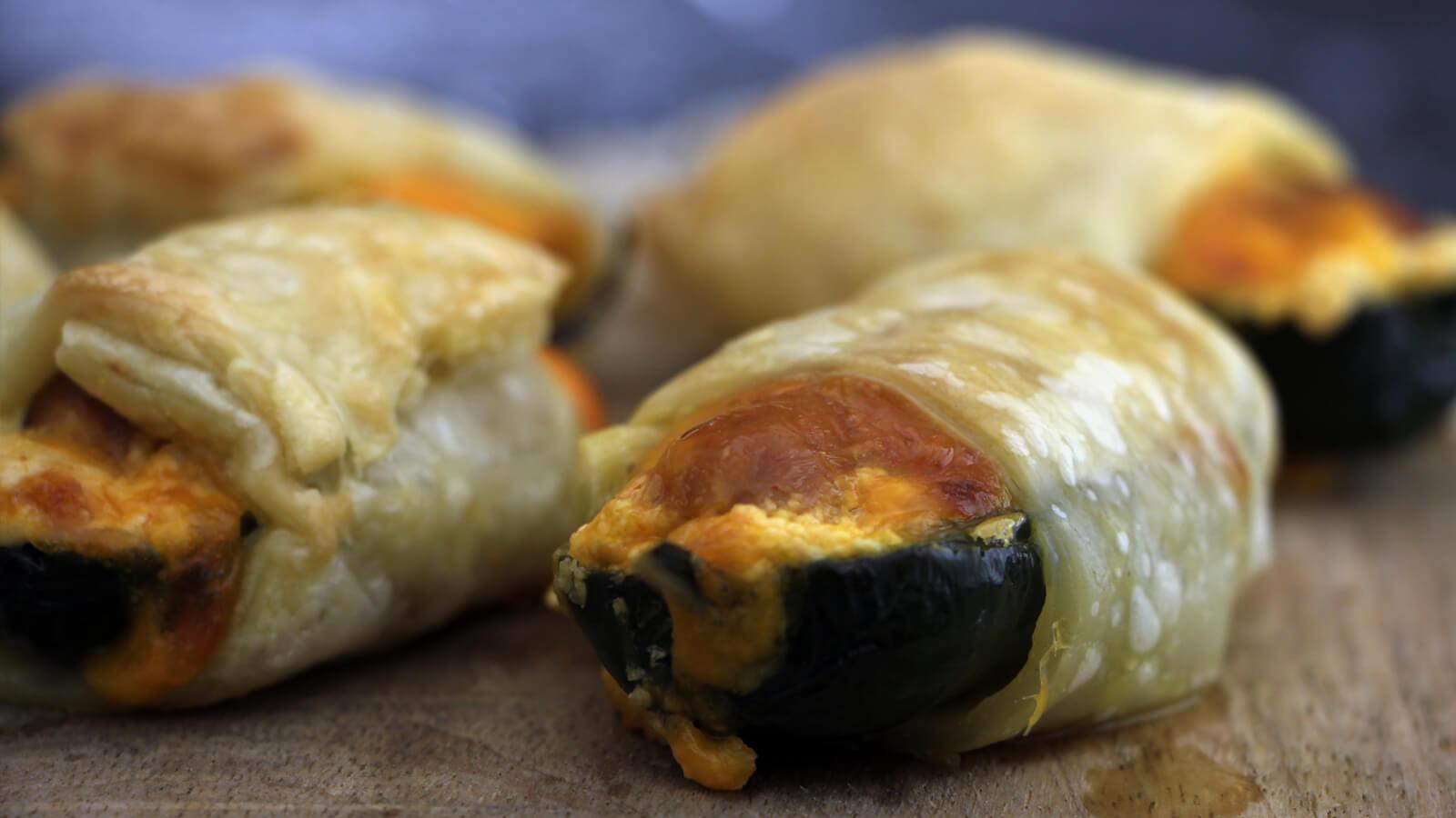 De perfecte BBQ snack? Ga voor deze Atomic Pigs in a Blanket!