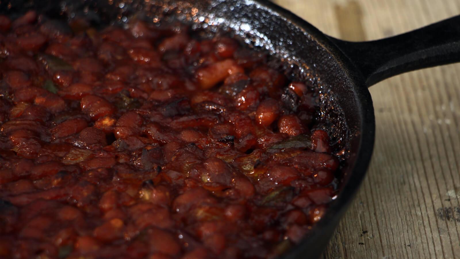 BBQ Baked Beans, een echter BBQ Klassieker!