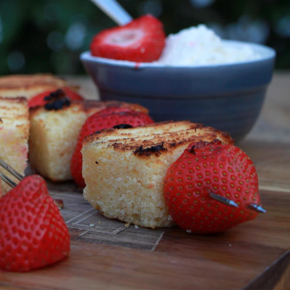Cakespiesen met Aardbeien