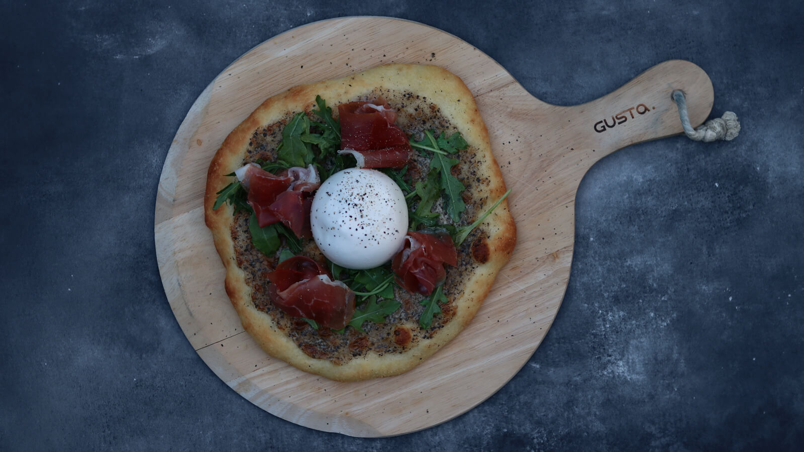 Pizza Bianca met Parmaham en Burrata